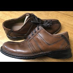 Mens Clark's Touareg Vibe Brown Oxford dress shoe